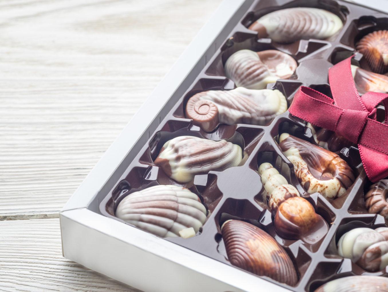 Jakie rodzaje opakowań wykorzystywane są w cukierniach?